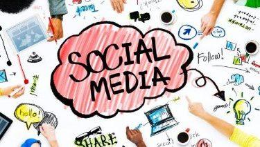 4 Ways Leaders Create a Following on Social Media